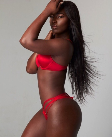@foshposh - Nafeesah is all kinds of body goals, and she's serving up some serious looks, more photoshoots please!